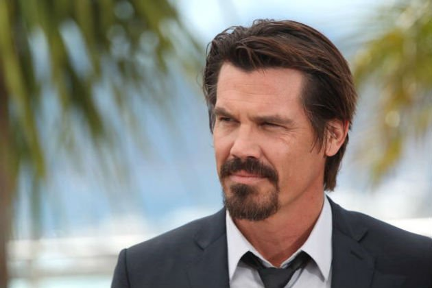 Josh Brolin Will Travel To Jurassic World