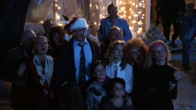 Juliette in Christmas Vacation juliette lewis 18051080 853 480 639x360 We Got This Covereds 25 Days Of Christmas