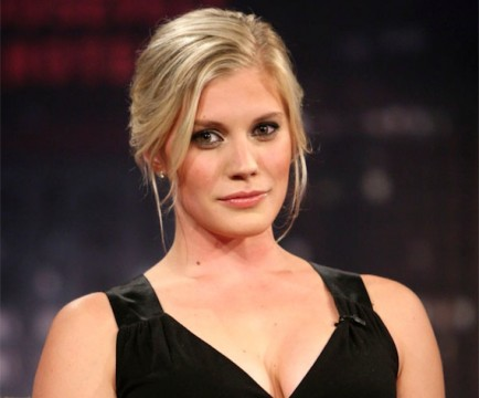 Katee Sackhoff Has Not Met With Marvel For A Role Yet