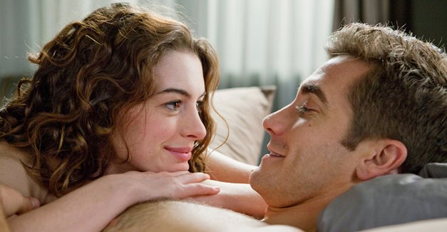 Love And Other Drugs Review