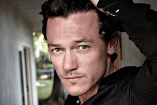 The Hobbit Finds Its Bard The Bowman And Smaug The Dragon