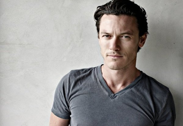 Luke Evans Confirmed As Fast And Furious 6 Villain