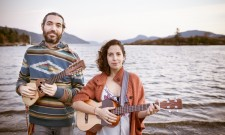 Lulacruza Brings Latin Electro-Folk To The U.S.