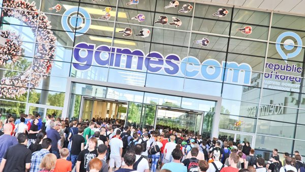 MS-Gamescom-15-Plans-Ann