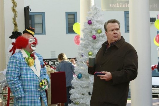 "Modern Family Review: ""The Old Man & The Tree"" (Season 5, Episode 10)"