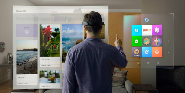 "Microsoft's Phil Spencer Believes VR Isn't A ""Now"" Thing...Yet"