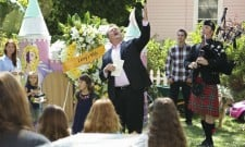 "Modern Family Review: ""Larry's Wife"" (Season 5, Episode 3)"