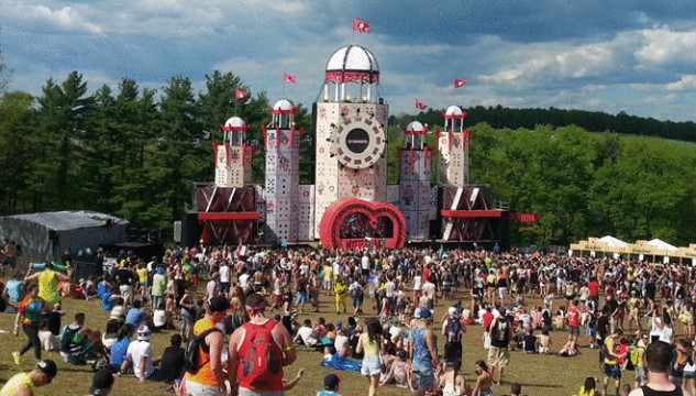 Mysteryland-USA-2014-Main-Stage_1