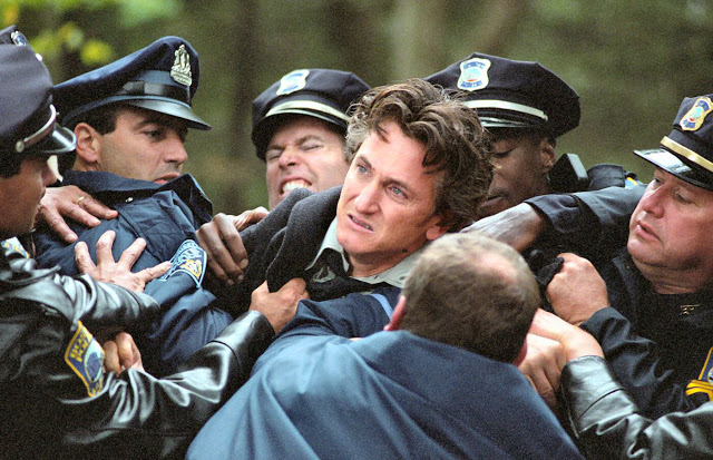 Mystic River1 5 Roles That Prove Sean Penn Is Either A Great Actor, Or The Greatest Actor