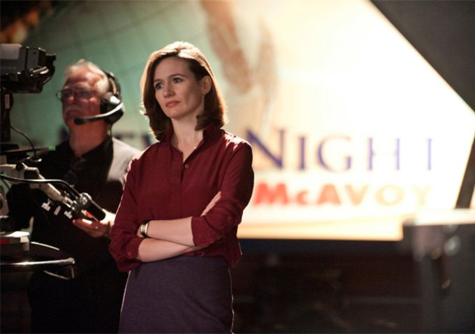 Newsroom Emily Mortimer1 The Newsroom Review: News Night 2.0 (Season 1, Episode 2)