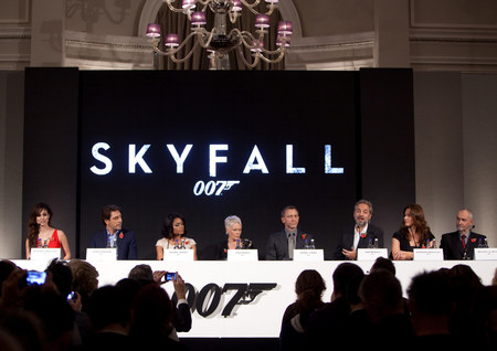 James Bond Skyfall Promo Poster And Video