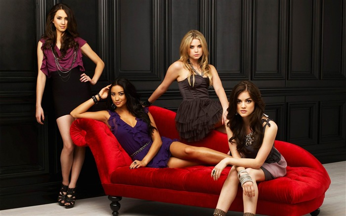 PLL2 5 Reasons Why You Cant Stop Watching Pretty Little Liars