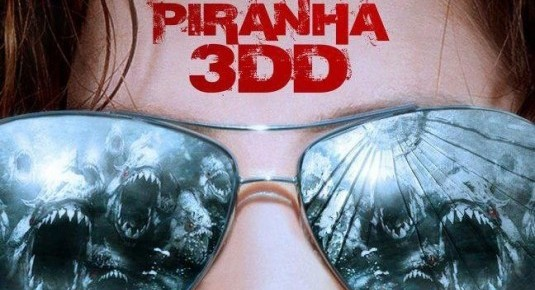 Red Band Trailer For Piranha 3DD