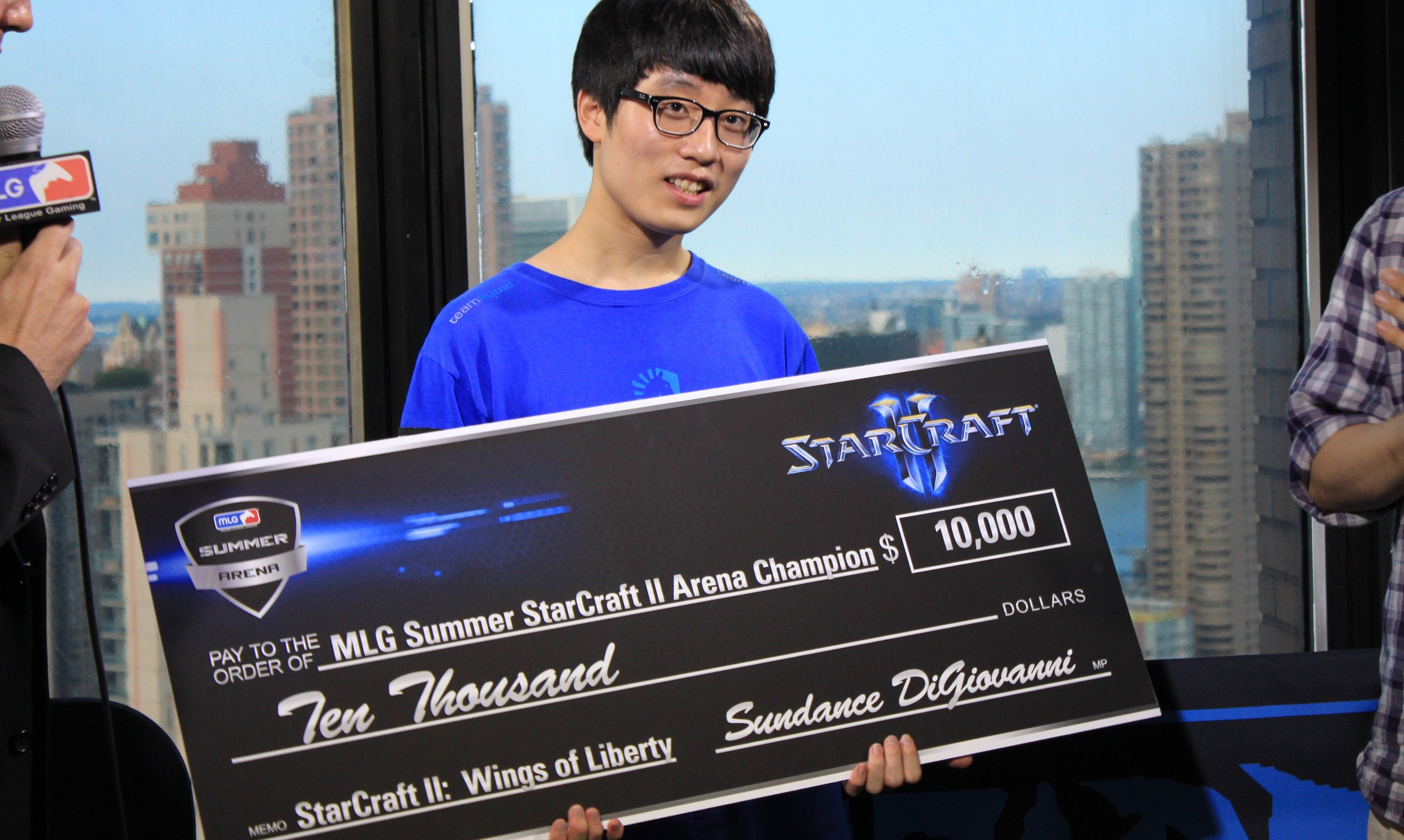 The Top 8 Richest Professional Video Game Players In The World