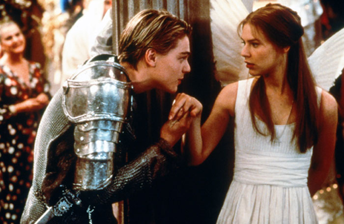 Romeo + Juliet 7 Movies People Find Romantic But Are Actually Depressing