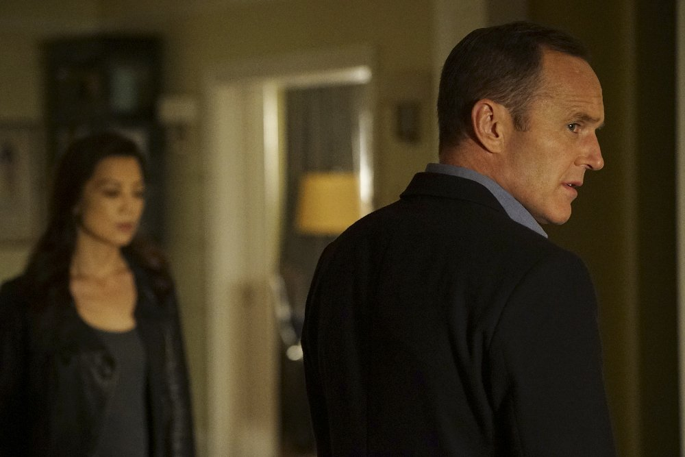 Coulson And The Agents of S.H.I.E.L.D. Bounce Back In First Promos For Midseason Premiere