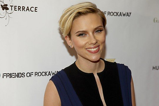 Scarlett Johansson Might Move That Body For Sony Pictures
