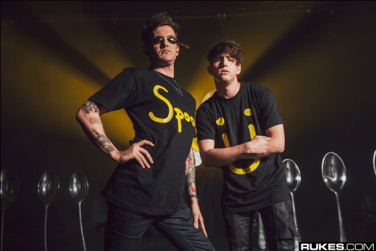 Check Out How Rukes Managed To Make Spoon Ü Look Cool