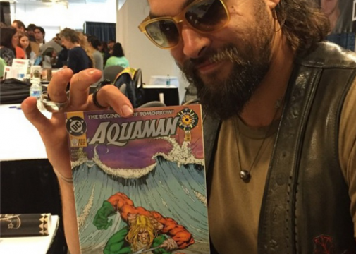 "Jason Momoa Promises ""Badass"" Aquaman, Wants Zack Snyder To Direct Solo Film"
