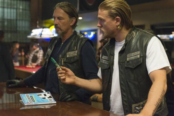 "Sons Of Anarchy Review: ""The Mad King"" (Season 6, Episode 5)"