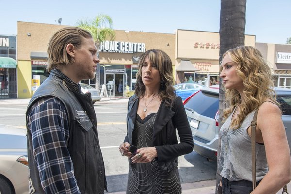 "Sons Of Anarchy Season Premiere Review: ""Black Widower"" (Season 7, Episode 1)"