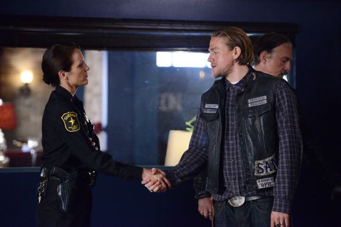 """Sons Of Anarchy Review: """"Playing With Monsters"""" (Season 7, Episode 3)"""