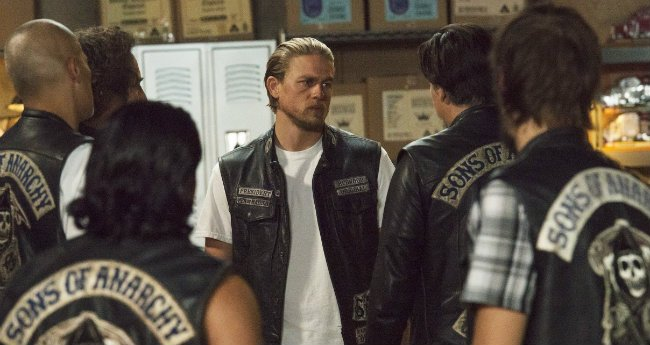 Kurt Sutter Says Iconic Sons Of Anarchy Characters May Return For Mayan Spinoff