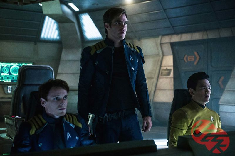 Star Trek Beyond Photos Find The USS Enterprise Crew In Peril