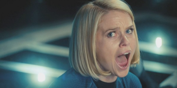 Star Trek Into Darkness Screenshot Alice Eve Scream 600x300 Star Trek Into Darkness Gallery