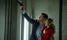 "Arrow Review: ""Darkness On The Edge Of Town"" (Season 1, Episode 22)"