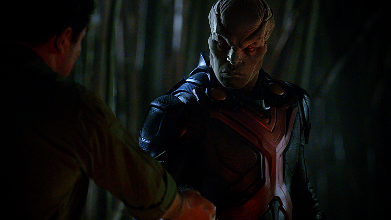 Take A Close Up Look At Martian Manhunter In New Supergirl Images