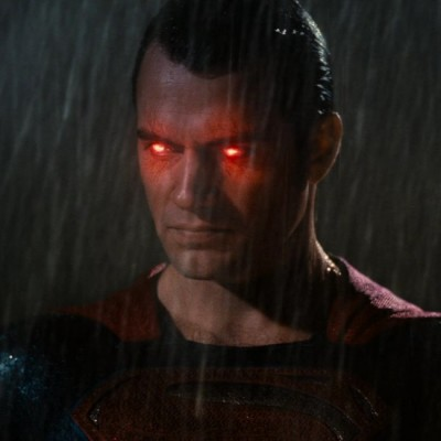 '10 Incredible Moments In The Batman V Superman: Dawn Of Justice Trailer' from the web at 'http://cdn.wegotthiscovered.com/wp-content/uploads/Superman2-400x400.jpg'