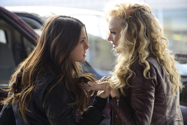 "The Vampire Diaries Review: ""Promised Land"" (Season 5, Episode 21)"