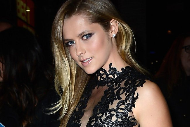 Teresa-Palmer-at-Warm-Bodies-Premiere