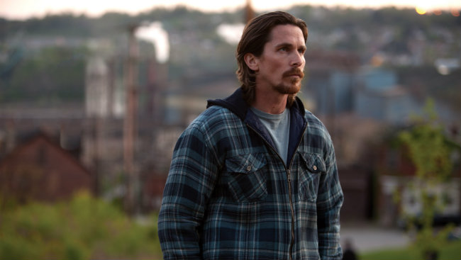 The-Deep-Blue-Good-By-christian-bale-4