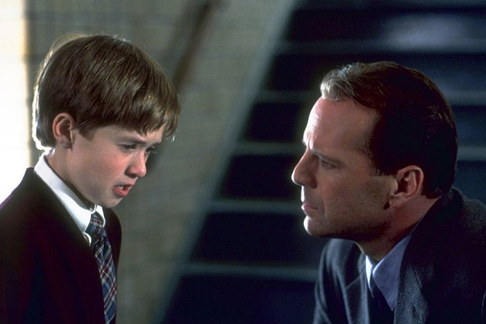 The Sixth Sense 5 Glass Half Full Observations On M. Night Shyamalan
