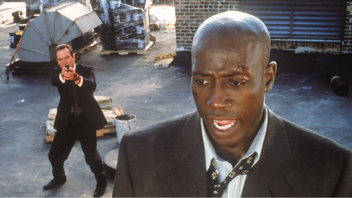 Tommy Lee Jones and Wesley Snipes in US Marshals