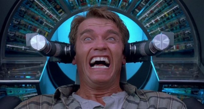 Total Recall Blu Review Pic 2 670x360 Total Recall (Mind Bending Edition) Blu Ray Review