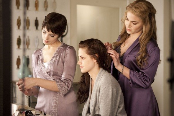 The Twilight Saga: Breaking Dawn - Part 1 Review