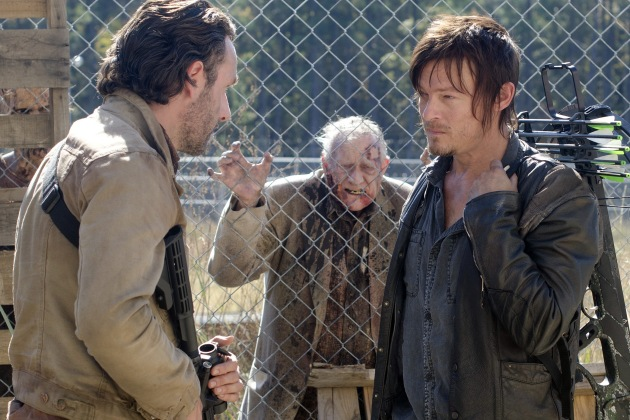 """The Walking Dead Review: """"This Sorrowful Life"""" (Season 3, Episode 15)"""