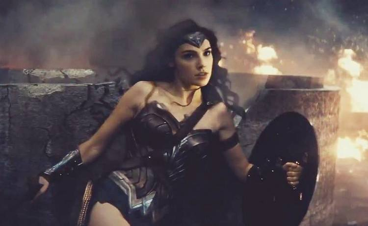 Wonder Woman Will Save Some Superpowers For Her Solo Movie