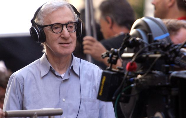 Check Out Woody Allen's Lost Nixon Mockumentary Men Of Crisis: The Harvey Wallinger Story