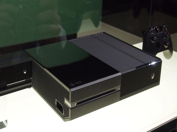 Xbox One1 Xbox One And PlayStation 4 Specs Compared