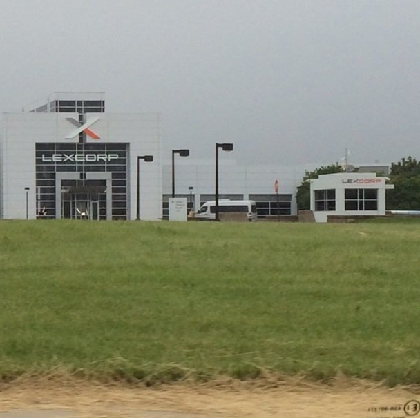 LexCorp Spotted In New Batman V Superman: Dawn Of Justice Set Photo