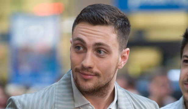 aaron taylor johnson 58806 w1000 617x360 Aaron Taylor Johnson And Elizabeth Olsen Officially Assemble For Avengers: Age of Ultron