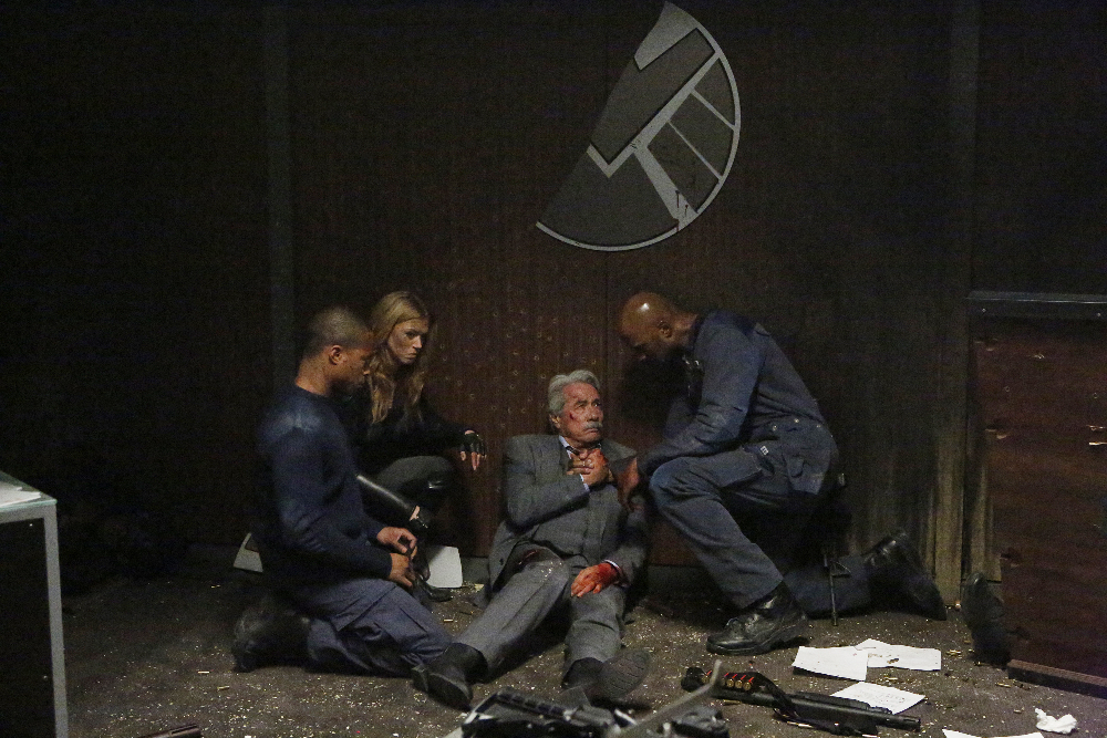 CORNELIUS SMITH JR., ADRIANNE PALICKI, EDWARD JAMES OLMOS, HENRY SIMMONS