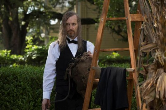 """American Horror Story: Coven Review: """"Fearful Pranks Ensue"""" (Season 3, Episode 4)"""