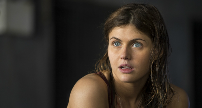 Alexandra Daddario Will Reunite With San Andreas Co-Star Dwayne Johnson For Baywatch