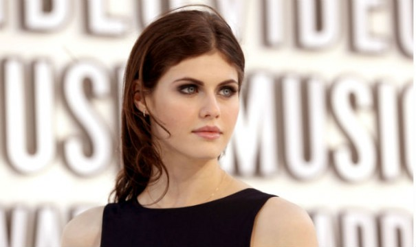 Alexandra Daddario Will Co-Star With Dwayne Johnson In San Andreas