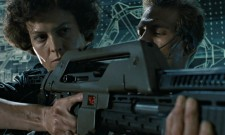 Neill Blomkamp Shows Off Pulse Rifle From Alien 5